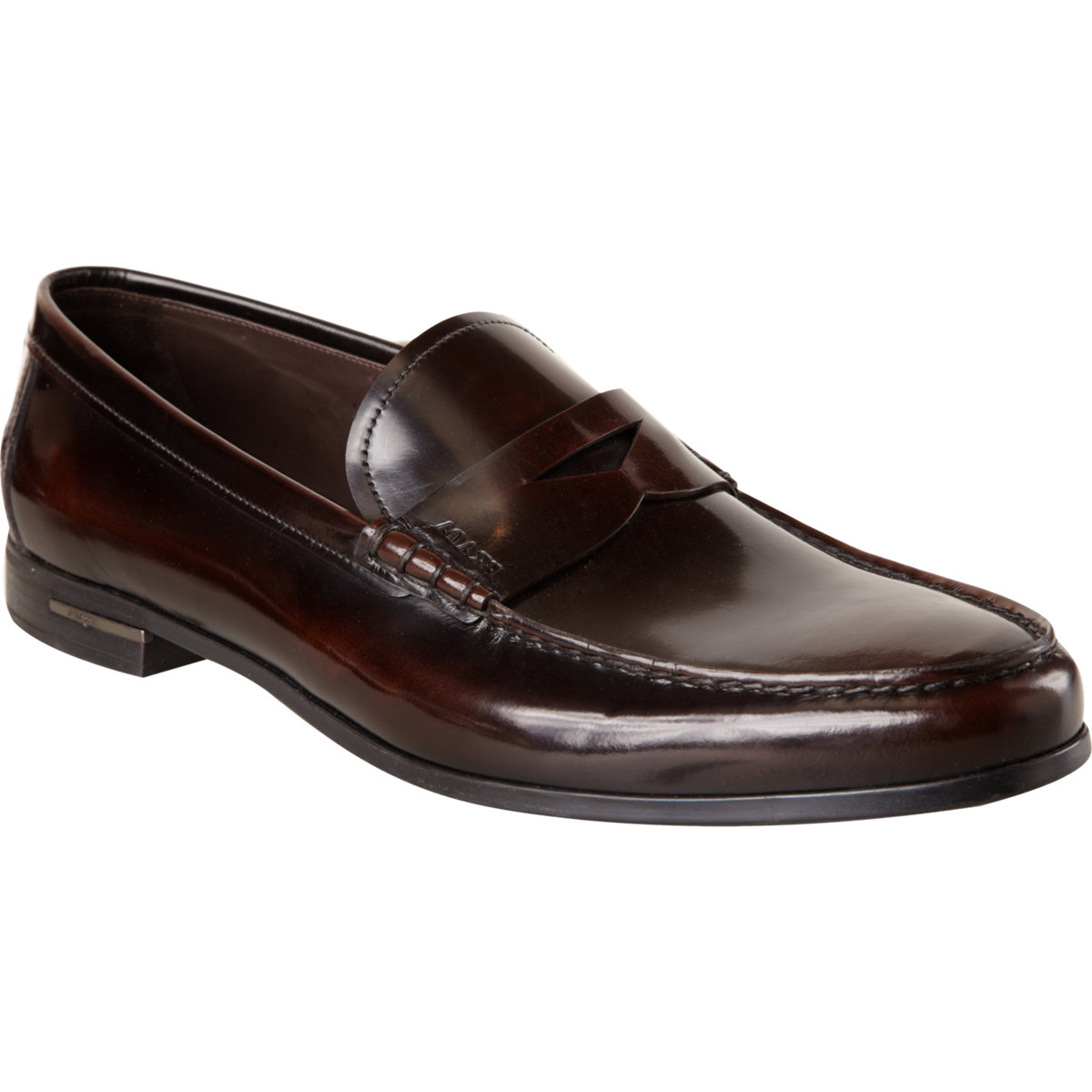 To Boot New York 'Dupont' Brown Leather Penny Loafers •To Boot New York 'Dupont' penny loafers •Leather upper •Penny detail at front •Leather lining •Padded footbed •Rubber sole •Made in Italy Up for sale for just a limited time are the 'Dupont' penny loafers by To Boot New York.