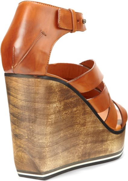 Costume National Criss Cross Leather Wedge Sandals In