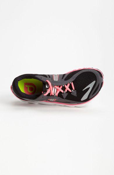 Brooks Puredrift Running Shoe Women in (black/ pink