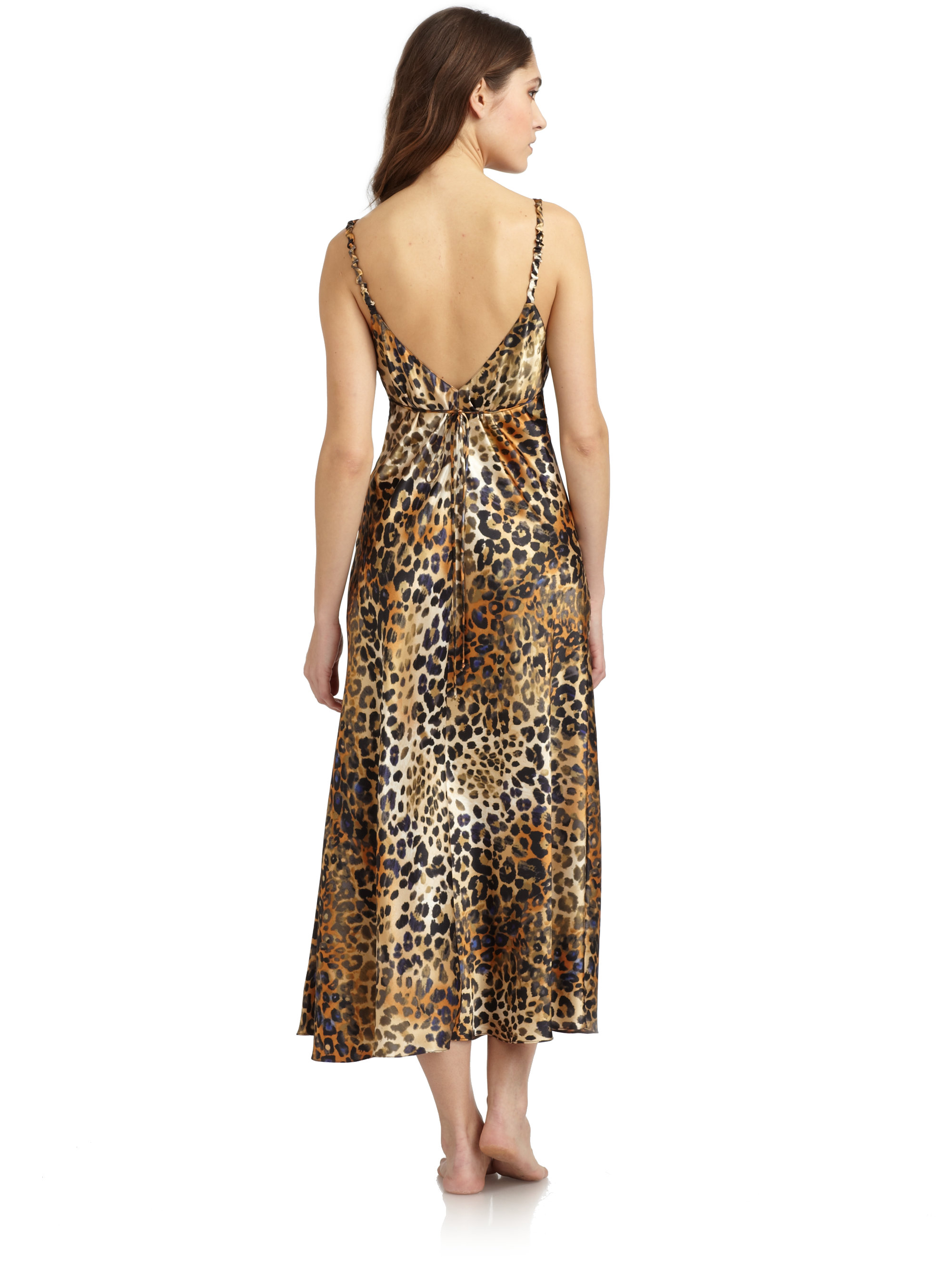 lyst oscar de la renta leopard print nightgown. Black Bedroom Furniture Sets. Home Design Ideas