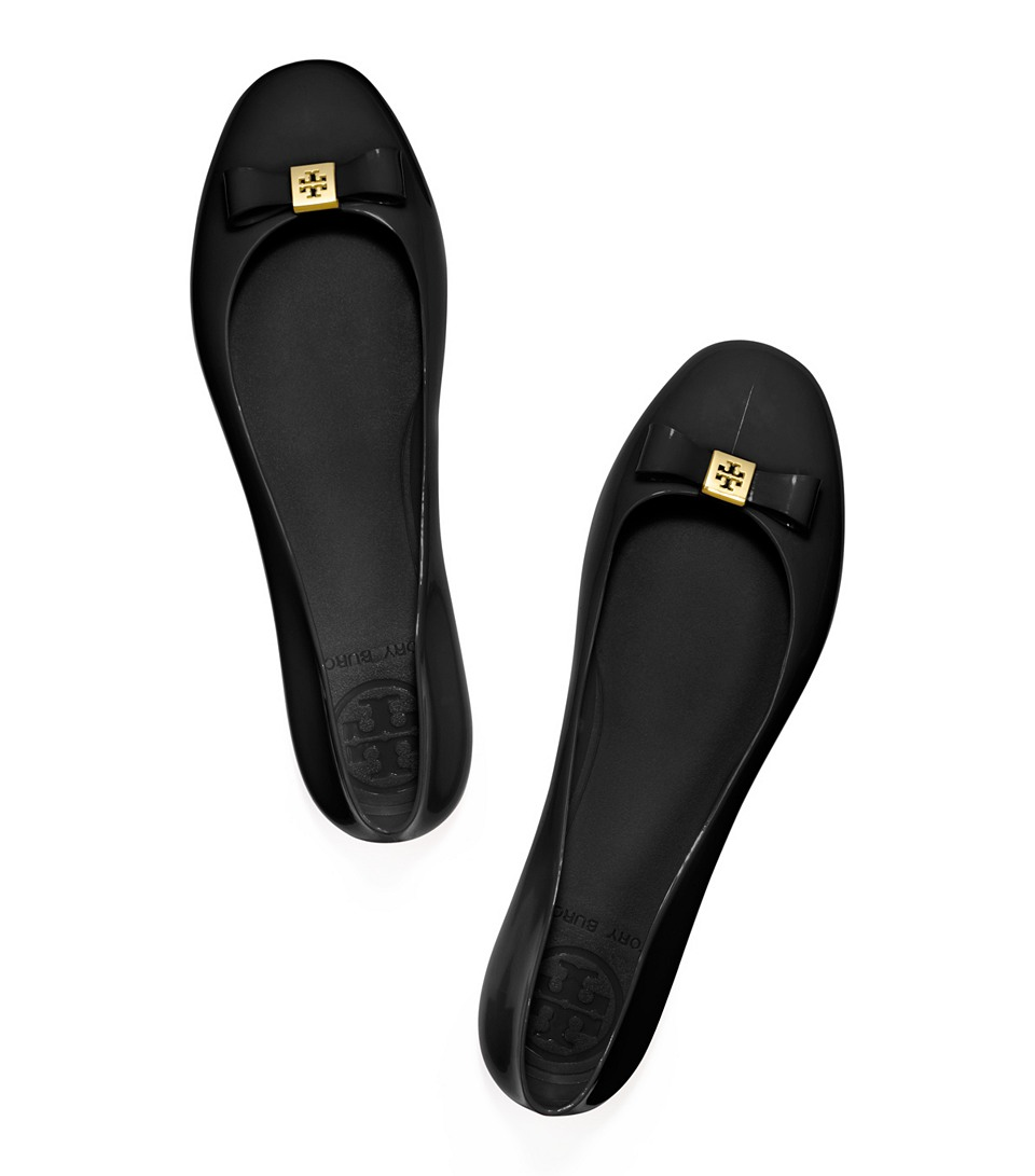 632a116d339f Lyst - Tory Burch Jelly Bow Ballet Flat in Black