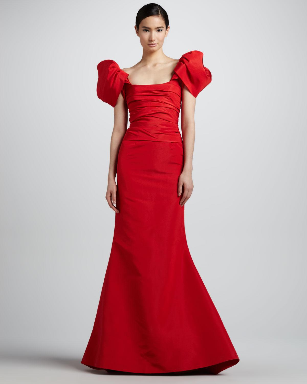 406e7d98433 Oscar de la Renta Off The Shoulder Faille Gown in Red - Lyst