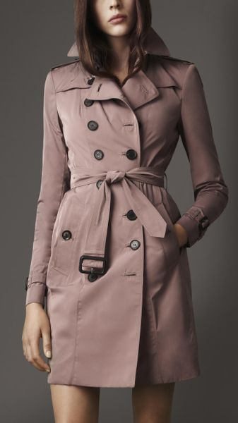 Burberry Long Taffeta Twill Trench Coat in Beige (pink rosewood)