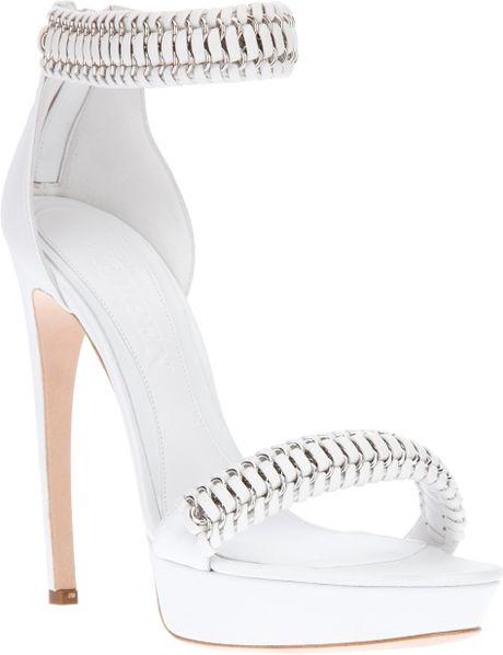 Alexander Mcqueen Armadillo Chain Sandal in White