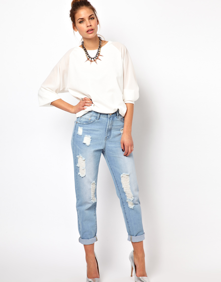 Get that stylish, relaxed denim look you love without having to borrow your guy's jeans by shopping women's boyfriend jeans at Gap. Boyfriend Style Jeans for Women. Choose comfort, quality and unbeatable appeal with boyfriend jeans for women from Gap.