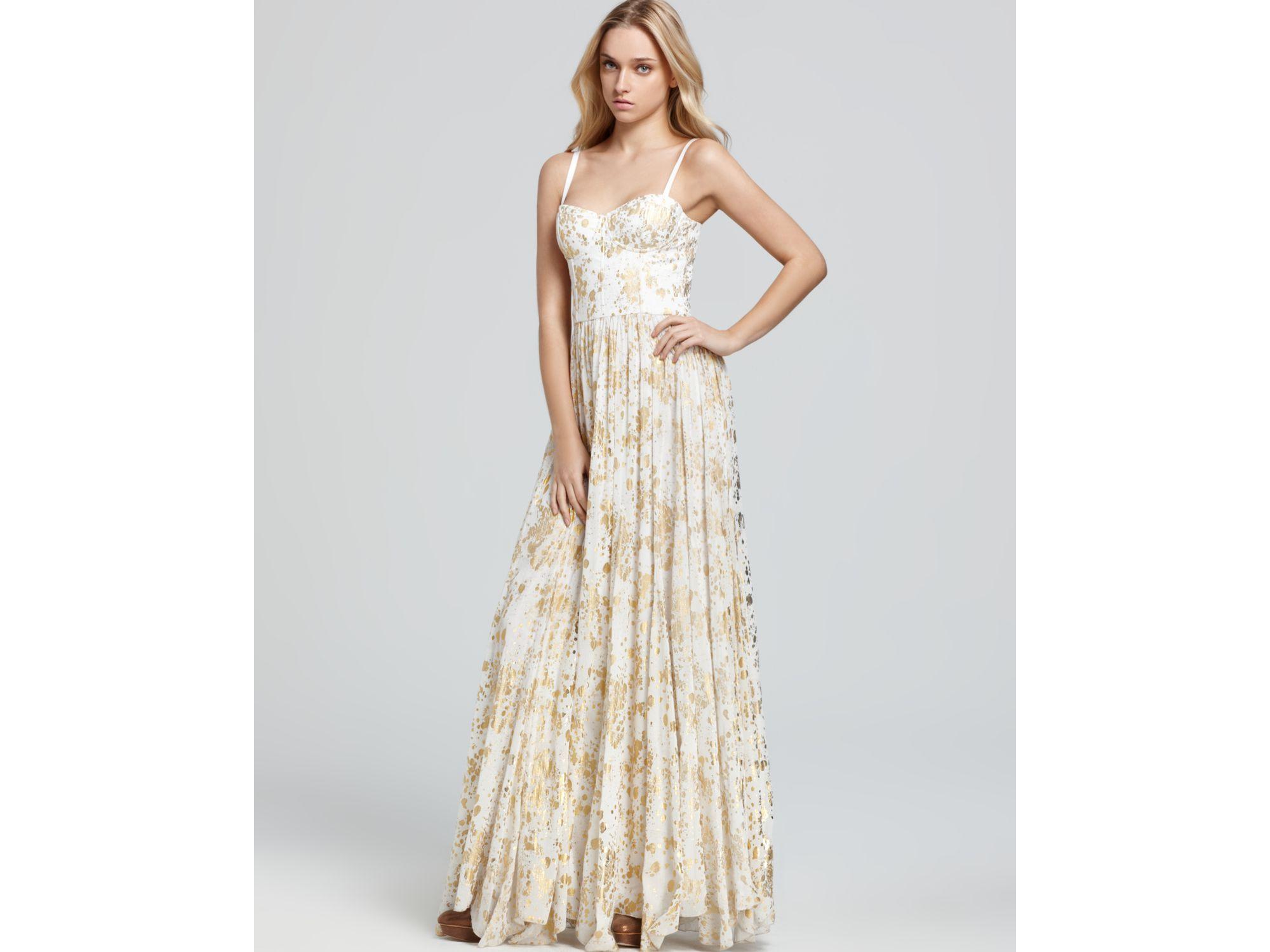 Alice   olivia Maxi Dress Bustier Flare Pleat in Metallic | Lyst