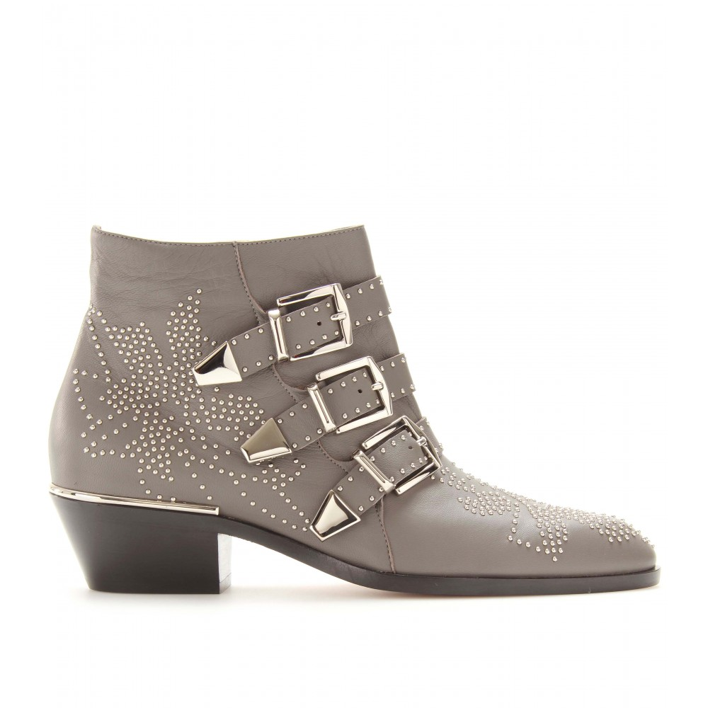 Chloé Studded Leather Buckle Ankle Boots in Gray | Lyst