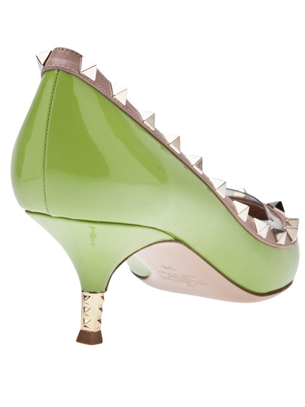 b190bad57b17 Shoeniverse  VALENTINO Green Rockstud Pump