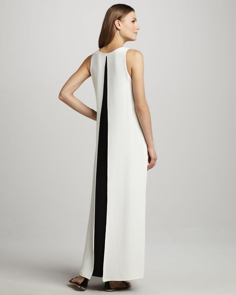 Theory Tabia Slitback Maxi Dress in White (white/black.c02)