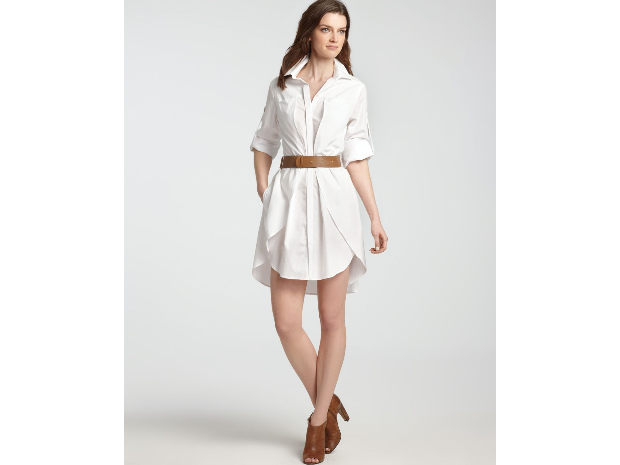 30fcac4ce5b Halston Shirt Dress Cotton with Belt in White - Lyst