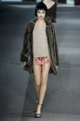 Louis Vuitton Fall 2013 Runway Look 20