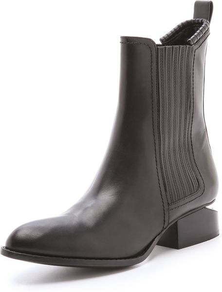 Alexander Wang Anouck Chelsea Boots in Black