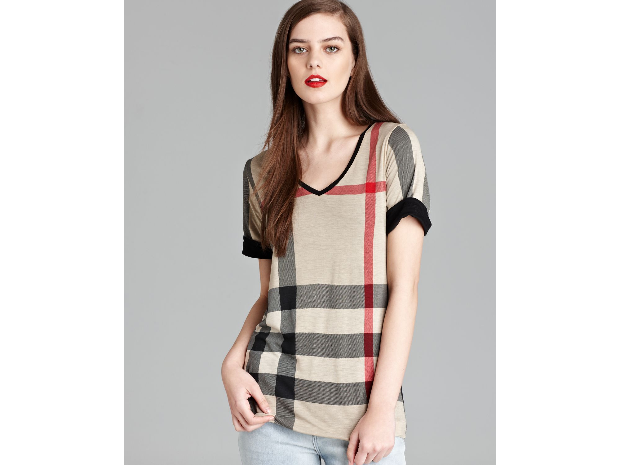 611846e42737 Lyst - Burberry Brit Reversible Check Tee in Black