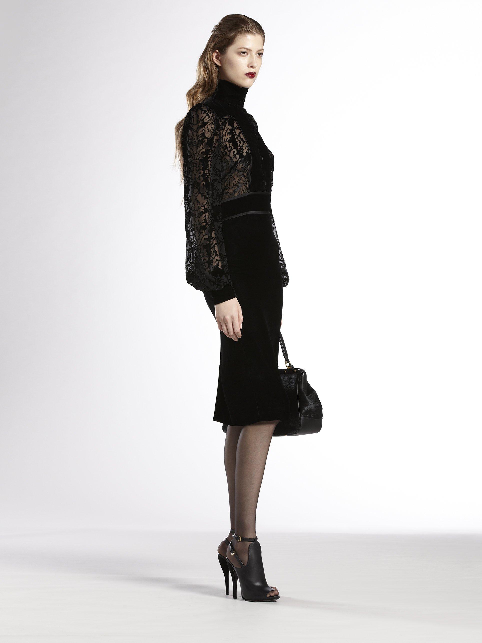 Lyst Gucci Sheeryoke Velvet Dress In Black