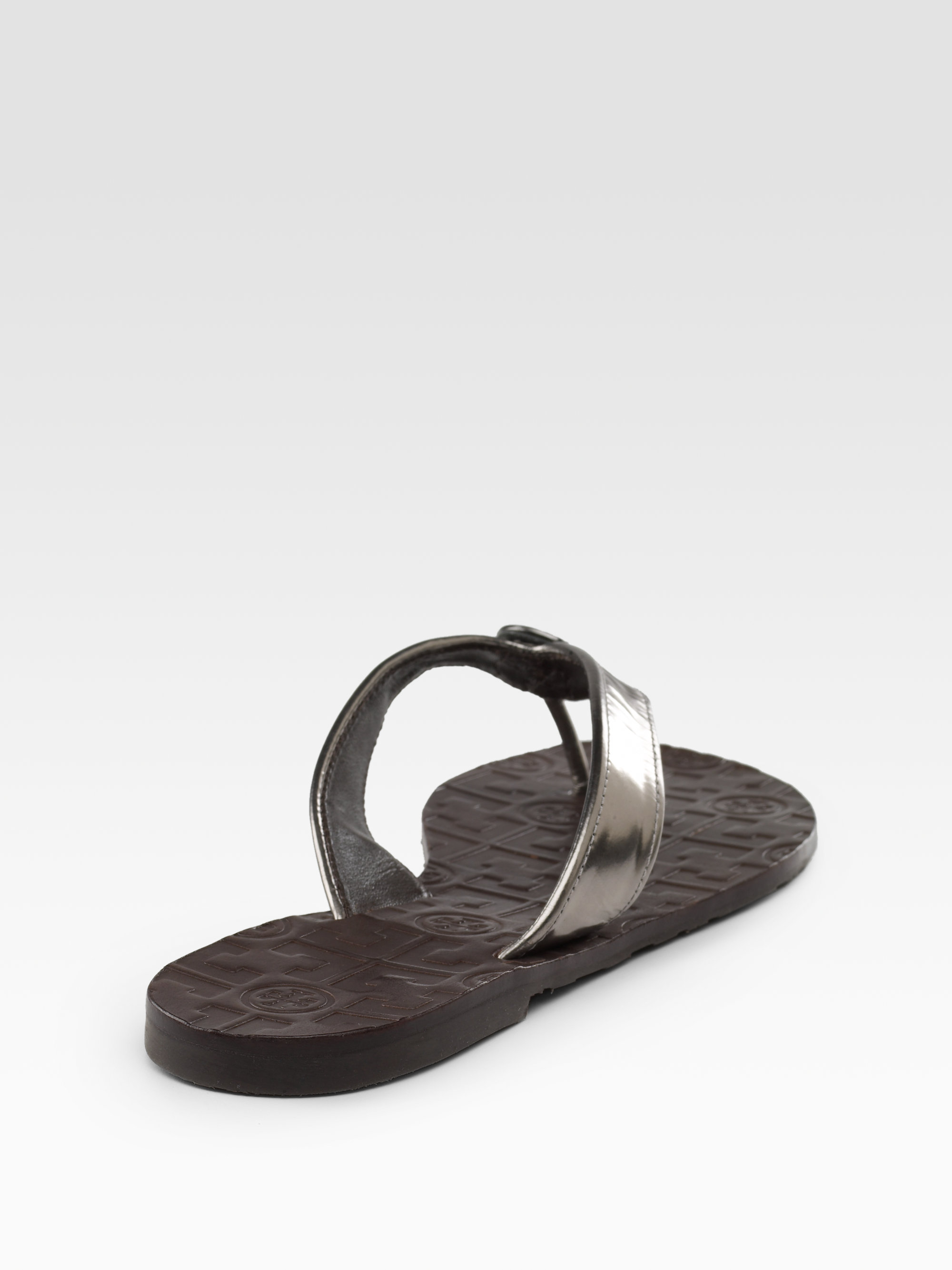 0e5eb35f1 Lyst - Tory Burch Thora Metallic Leather Thong Sandals in Black