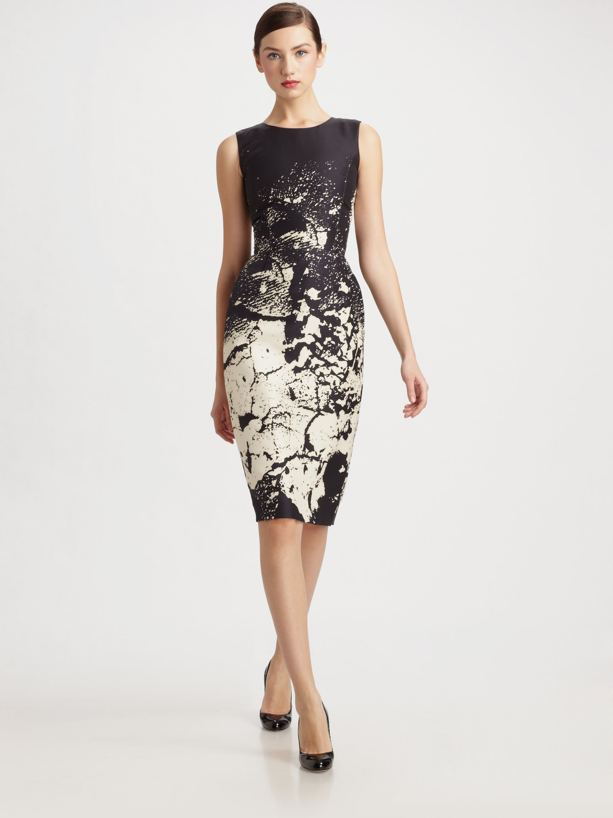 Oscar De La Renta Printed Silk Sheath Dress In Black