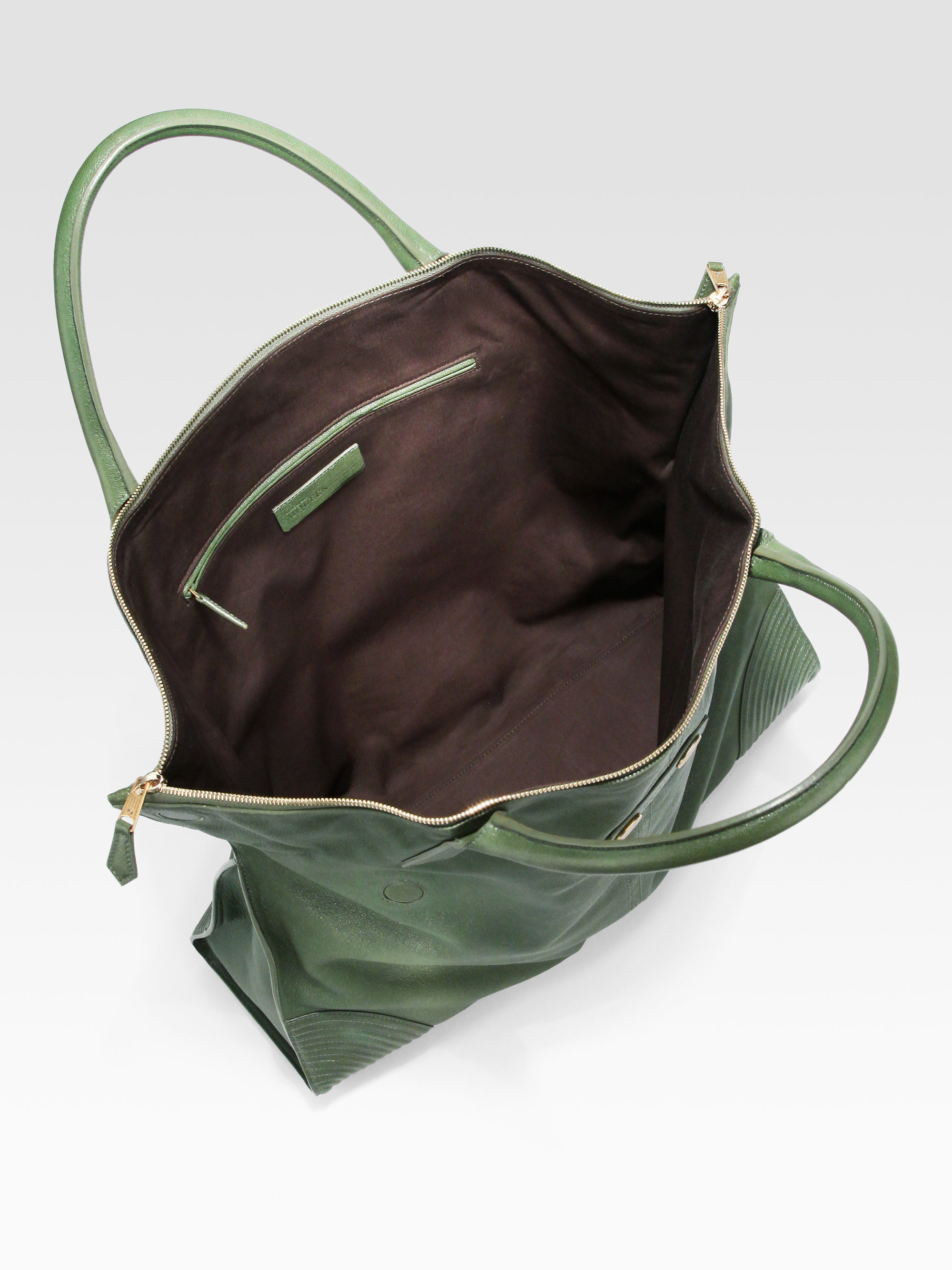 Lyst - Alexander McQueen De Manta Large Leather Tote Bag in Green 47f1c185f4c
