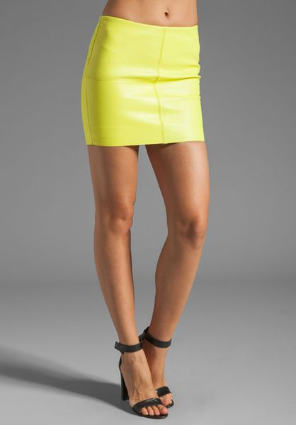 bailey 44 turtle mini leather skirt in lime in green lyst
