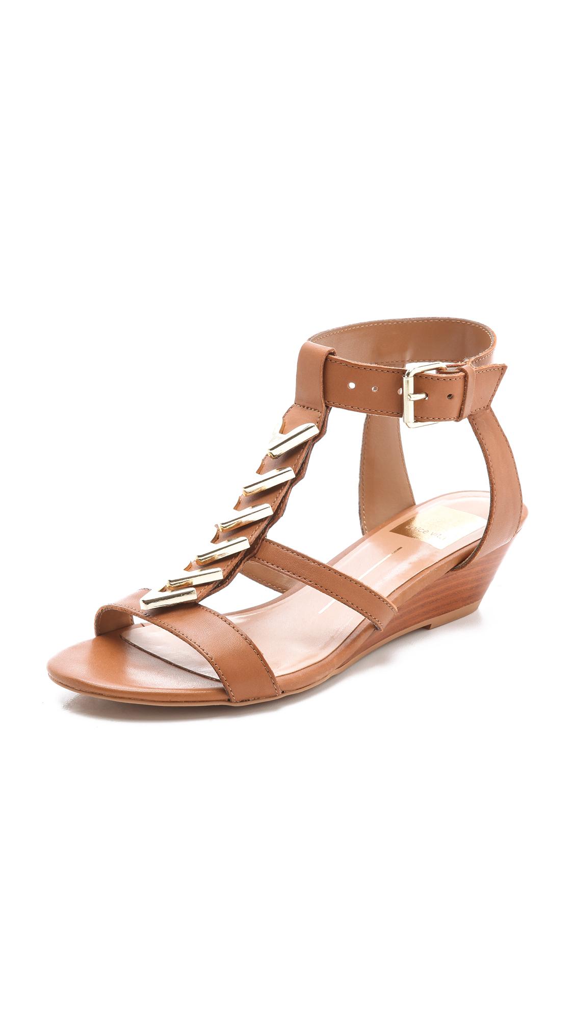 dolce vita helia low wedge sandals in beige cognac lyst