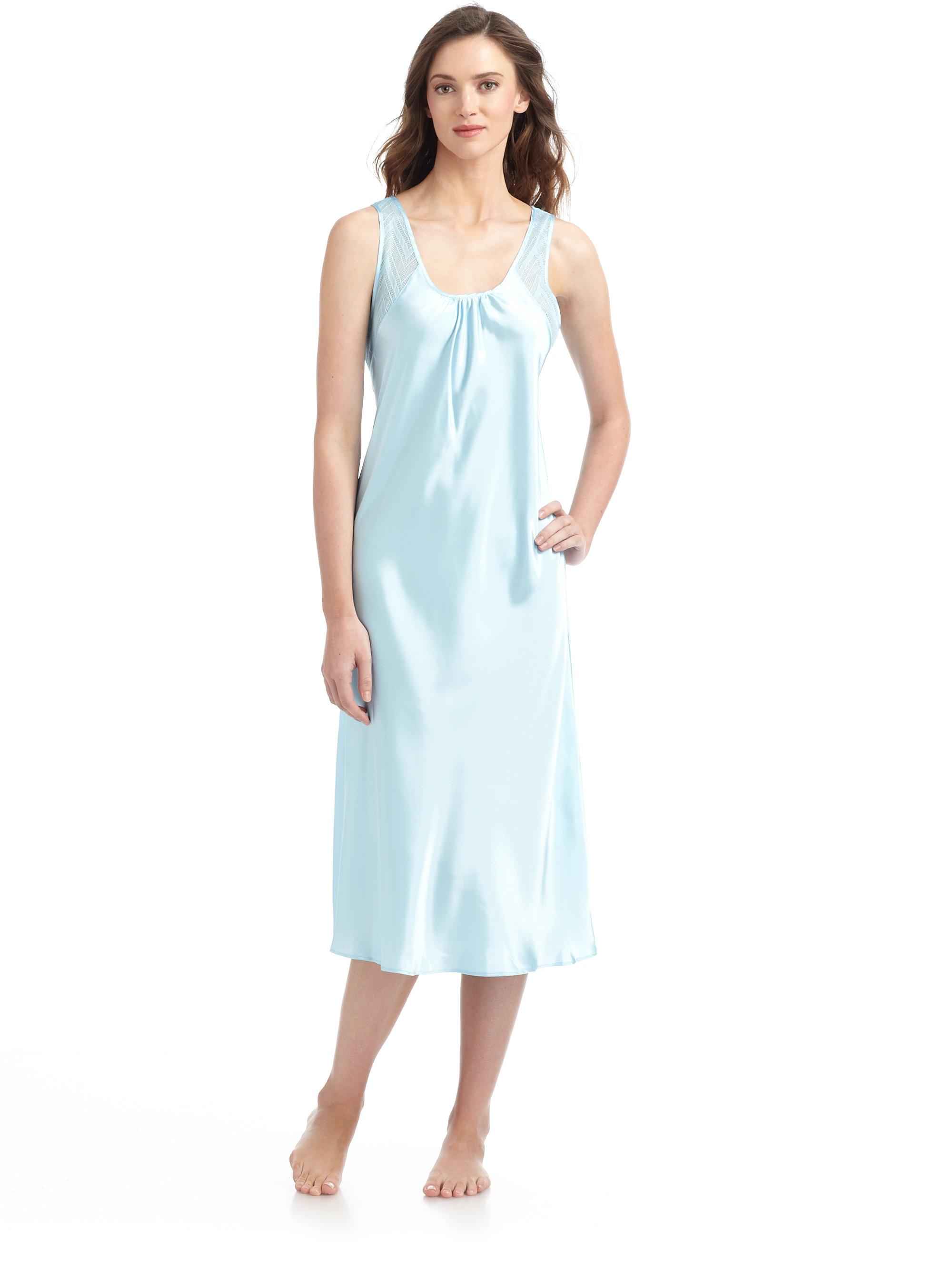 oscar de la renta breezy morning lace inset nightgown in. Black Bedroom Furniture Sets. Home Design Ideas