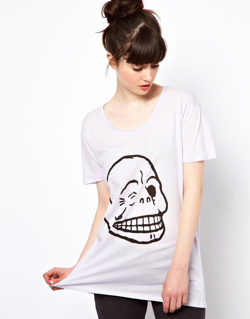 cheap monday flirt skull Straight-fit dress with crew neck, long sleeves and a slit at the bottom for easy movementseasonal frontprint in short, a basic dress with a great print nuff said model is 181 cm and wears a size s.