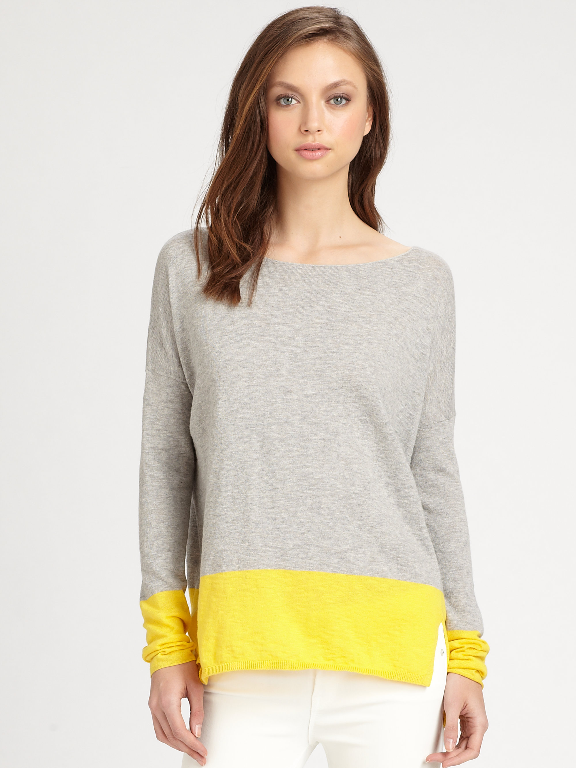 Vince Cotton Colorblock Sweater in Gray | Lyst