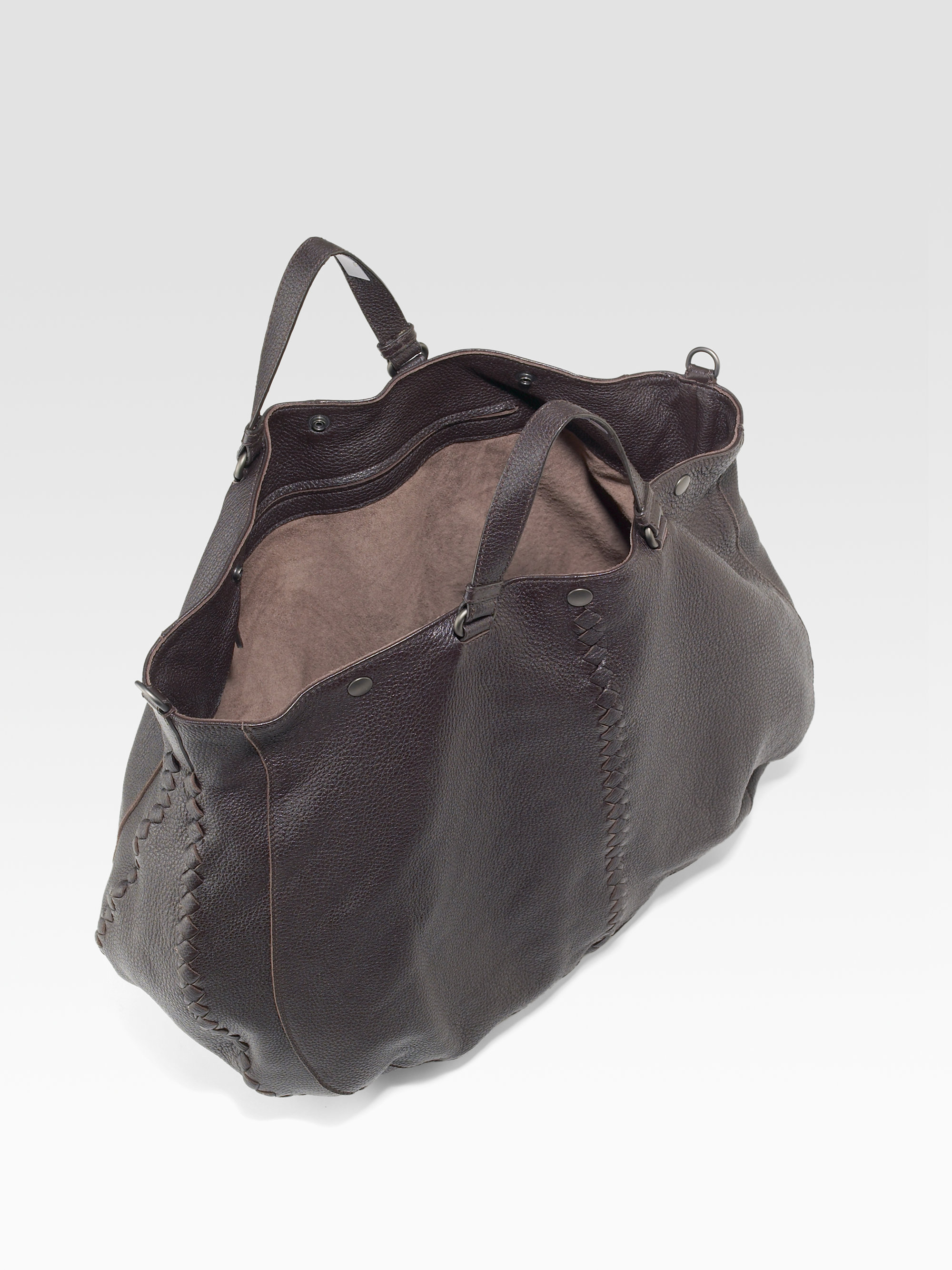 de638116943 Lyst - Bottega Veneta Cervo Large Leather Tote Bag in Black