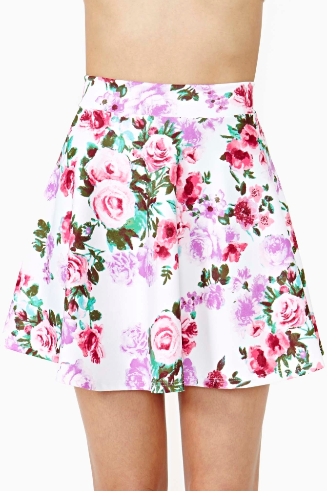 Cheap skater skirts can be made from one solid fabric, two or more fabrics with contrasting or complementary tones, or solid fabric mixed with many patterns to choose from. You may select a small floral print, a large floral design, colorful batiks, horizontal or vertical stripes or the popular, in .