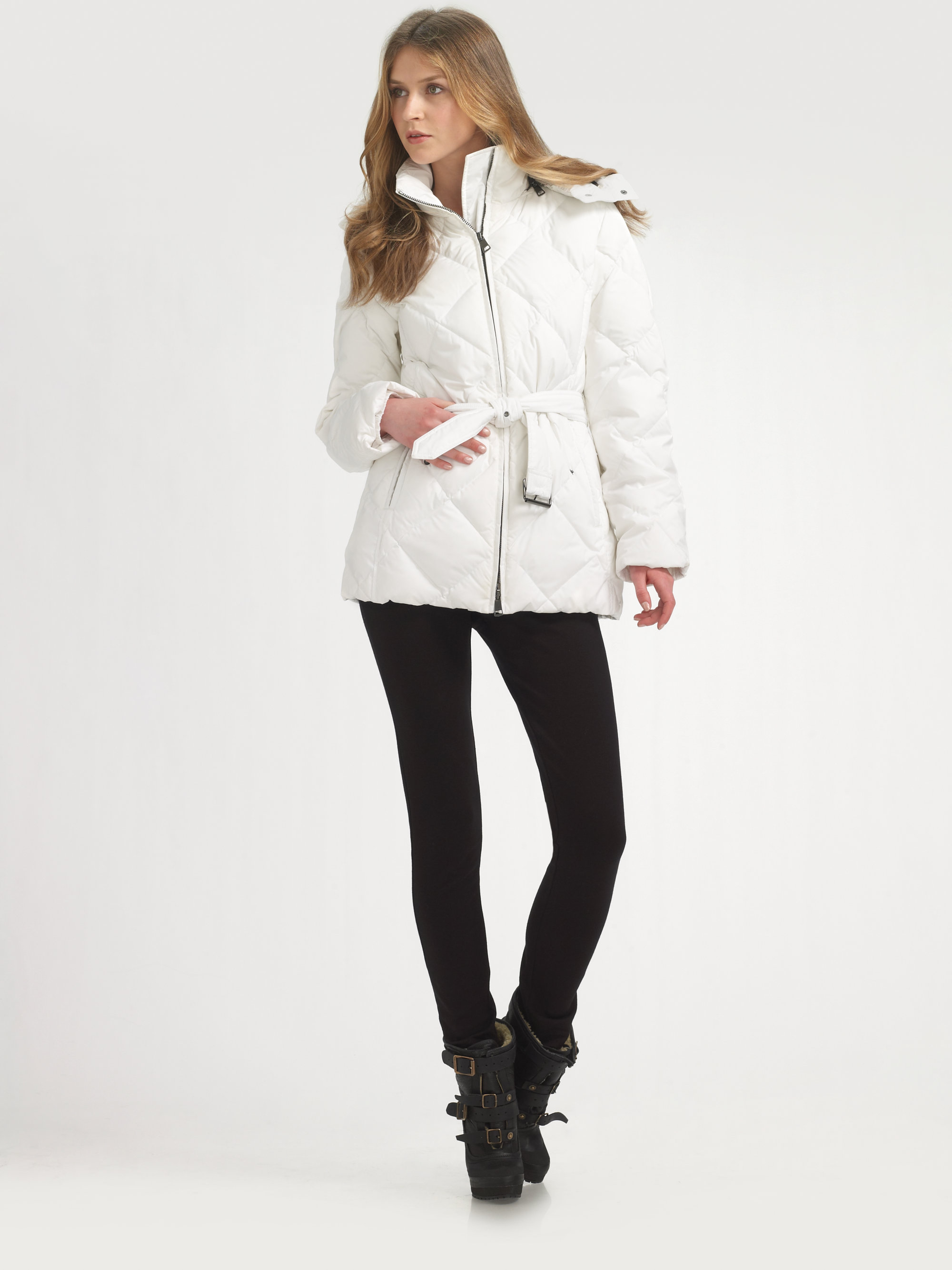 Burberry brit Down Puffer Jacket in White | Lyst