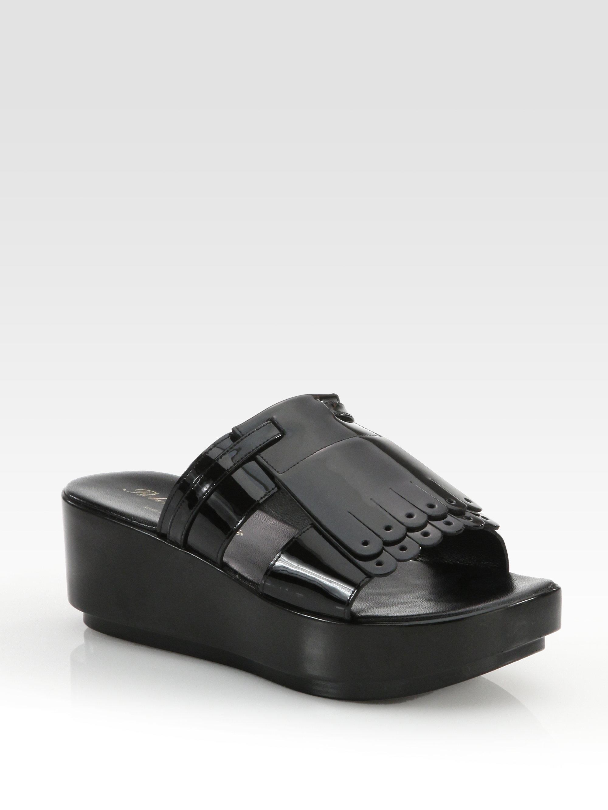 Robert Clergerie Patent Leather Sandal qJtwv4x
