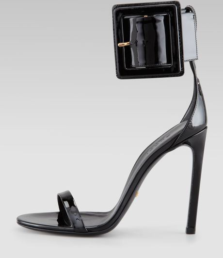 Gucci Victoire Buckle Sandals In Black Lyst