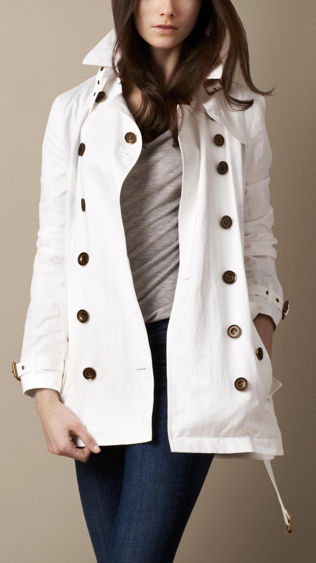 93d80605b9b Burberry Brit Short Technical Cotton Trench Coat in White - Lyst