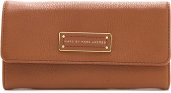 Marc By Marc Jacobs Too Hot To Handle Original Long Trifold Wallet - Lyst