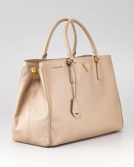 Prada Bag Beige Bag in Beige Prada Medium