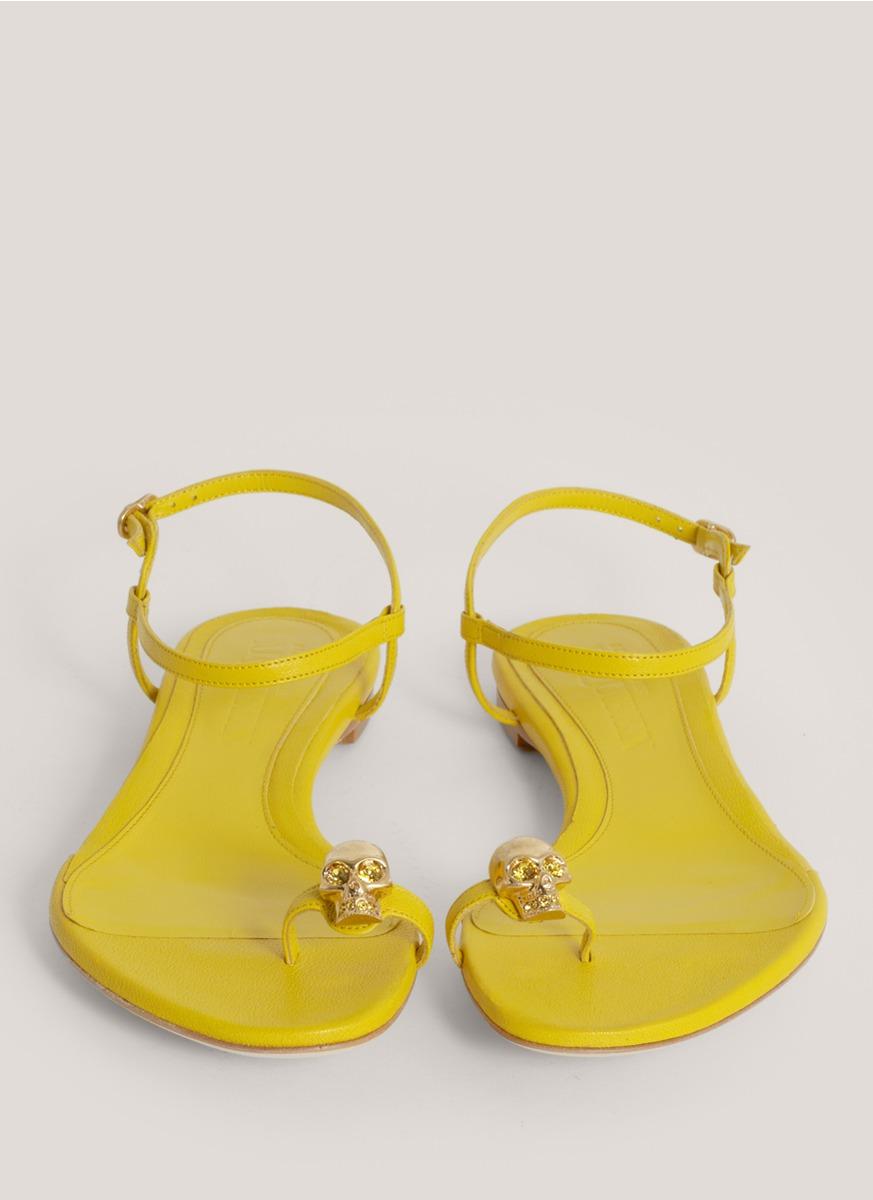 Lyst Alexander Mcqueen Skull Toering Flat Sandals In Yellow