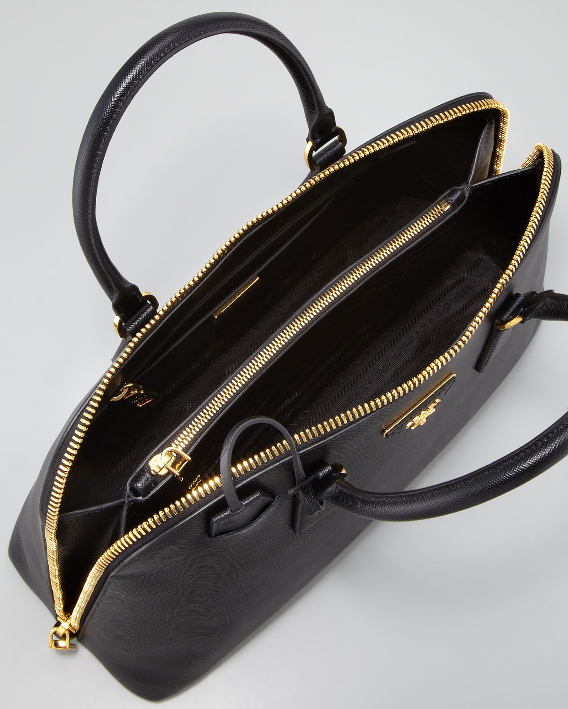 b508ec20c423 Prada Saffiano Medium Promenade Bag in Black - Lyst