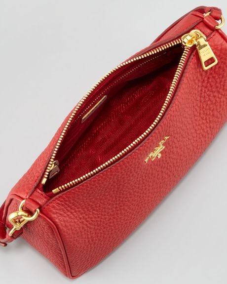Daino Small Shoulder Bag Prada 60