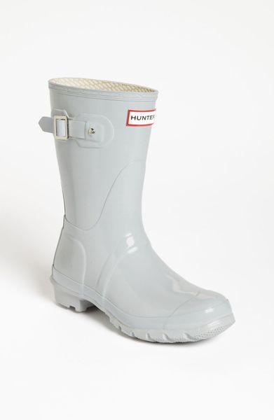 Hunter Original Short Gloss Rain Boot Women In Gray Smoke