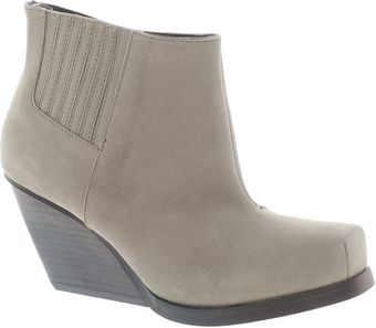 Cheap Monday Angle Nubuck Heeled Boot - Lyst