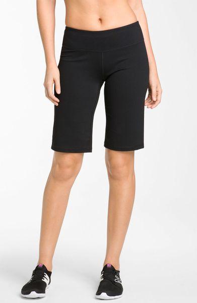 Zella Balance 2 Shorts in Black
