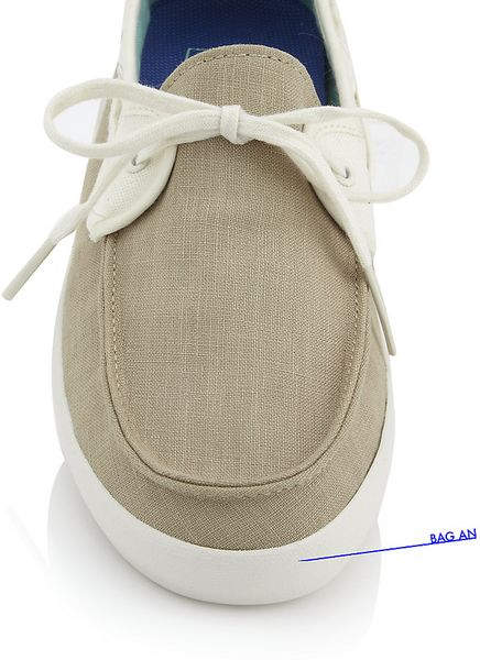 vans boat shoes in Women s Shoes, Clothing and