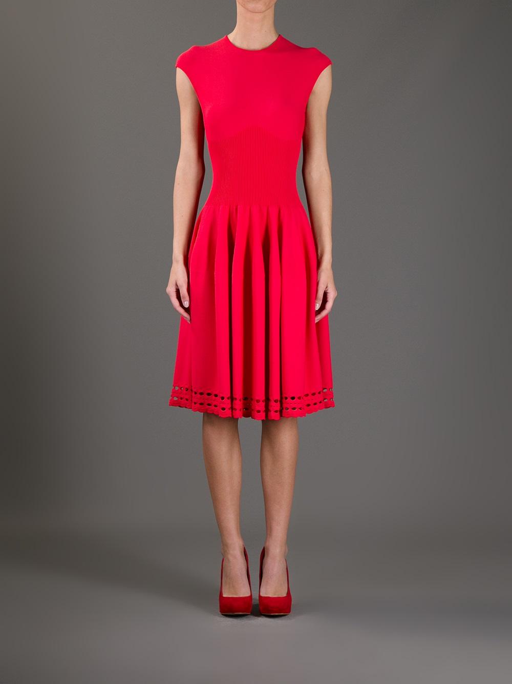 Lyst Alexander Mcqueen Pleated Dress In Red