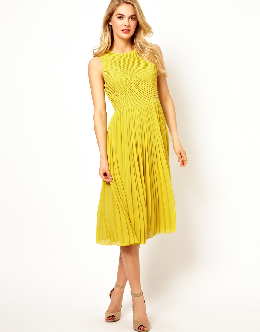 Ted baker Pleated Midi Dress in Yellow | Lyst