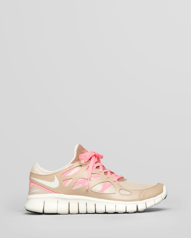 bb5b4b81586d Lyst - Nike Sneakers Womens Free Run 2 Prm Ext in Natural