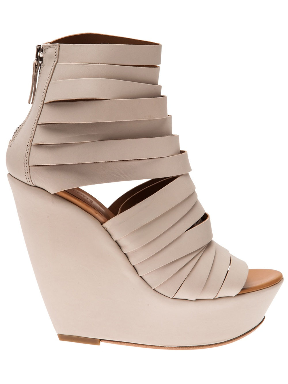 8506c74f43a Vic Matié Strappy Wedge Sandal in Natural - Lyst