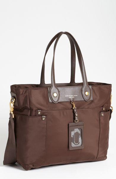 marc by marc jacobs preppy nylon elizababy diaper bag in brown lumber brown. Black Bedroom Furniture Sets. Home Design Ideas