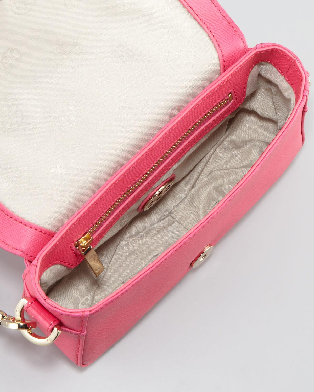 67ef6a5a09fe Lyst - Tory Burch Robinson Chainstrap Mini Bag in Black