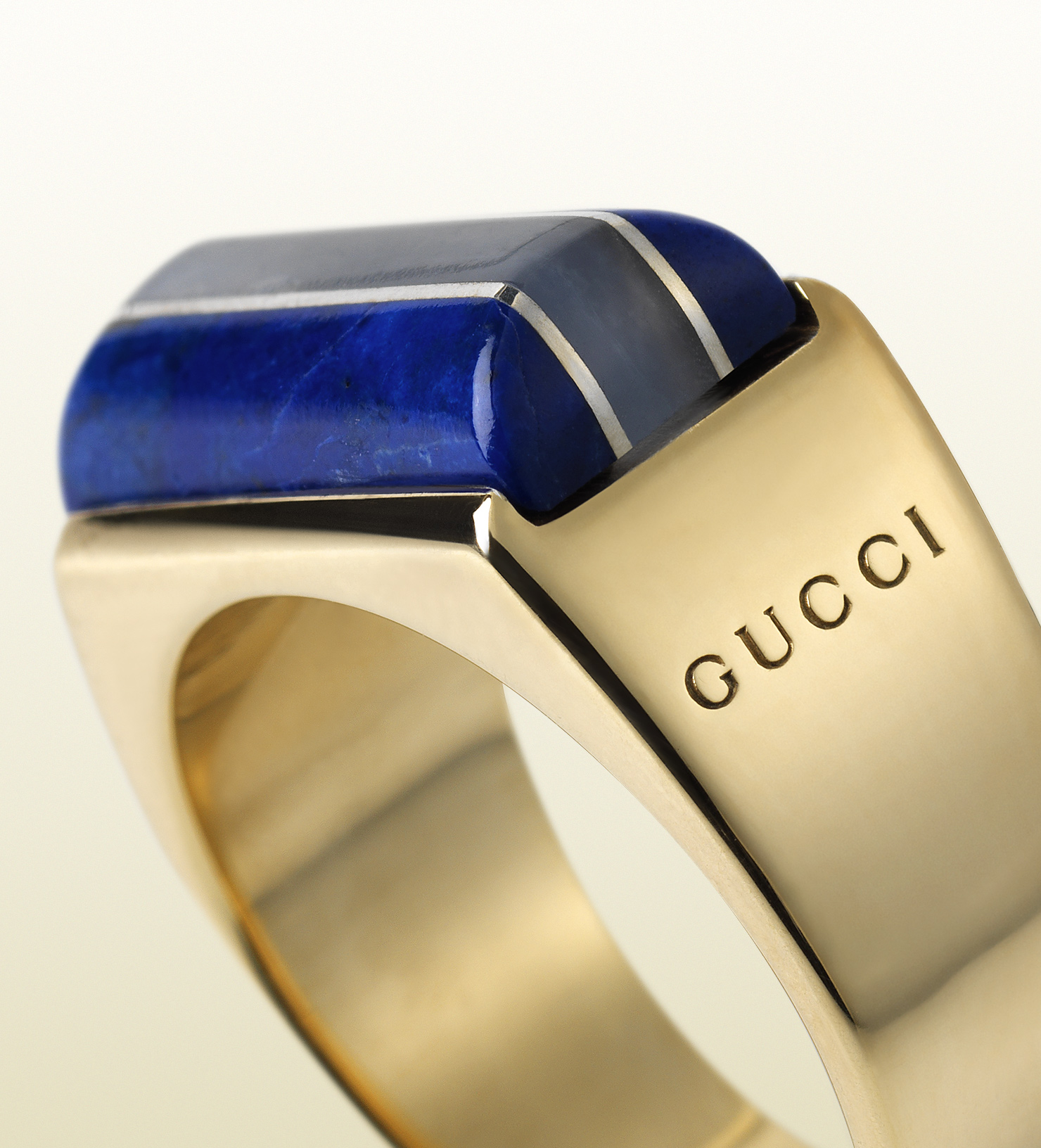 Gucci ring in 18k yellow gold blue chalcedony and lapis for Tj maxx jewelry box