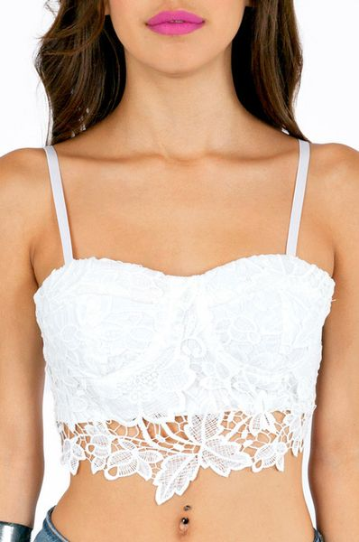 tobi-white-lacey-bustier-cropped-top-pro