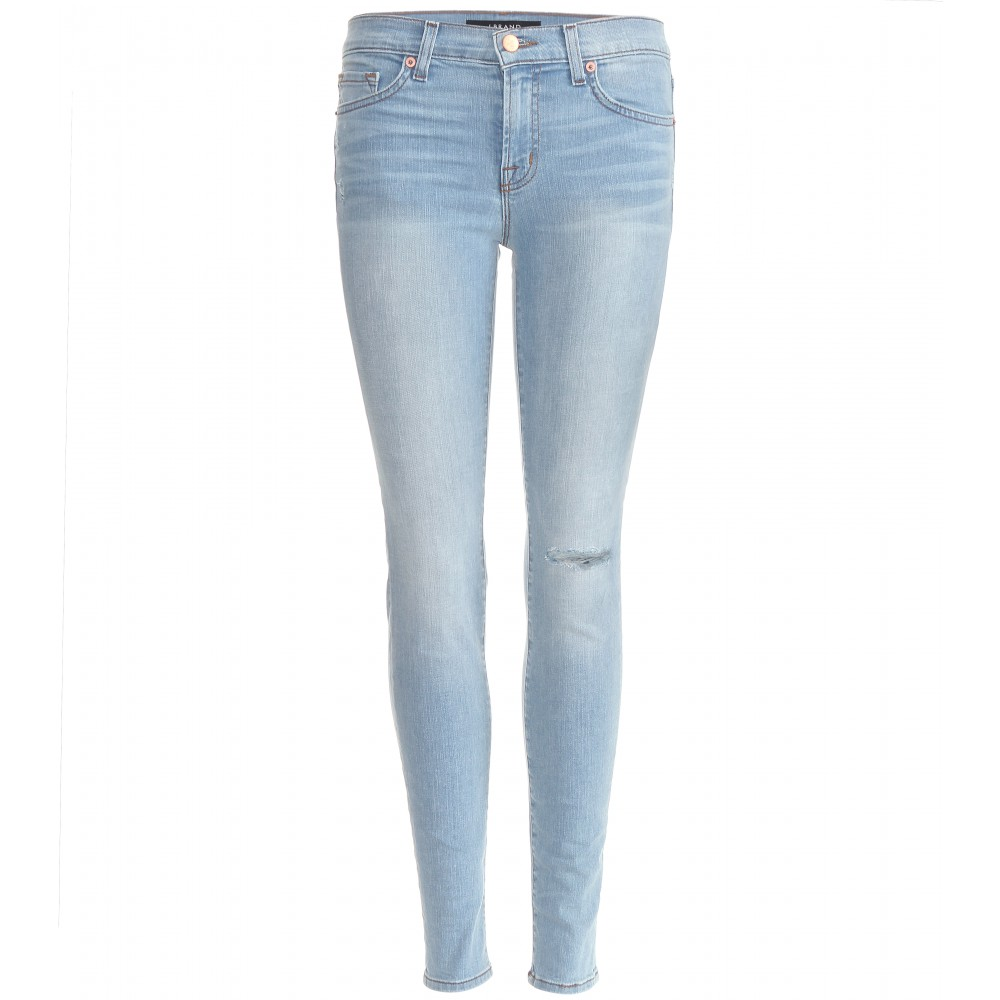 Find a full collection of Women's Plus Size Denim Bar,Plus Size Skinny Leg Jeans in modern and classic styles, also find plus size dresses, jeans, career, pants, shirts, sweaters, coats and more.